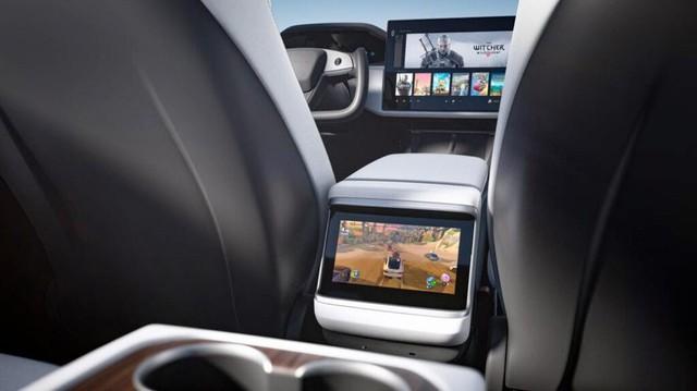 Đỉnh cao xe điện Telsa của tỷ phú Elon Musk: Trang bị hẳn dàn máy mạnh ngang PS5 để chiến game cho tít - Ảnh 3.