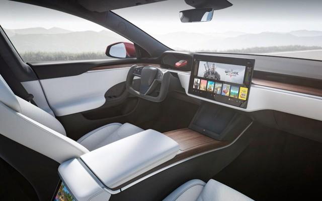 Đỉnh cao xe điện Telsa của tỷ phú Elon Musk: Trang bị hẳn dàn máy mạnh ngang PS5 để chiến game cho tít - Ảnh 1.