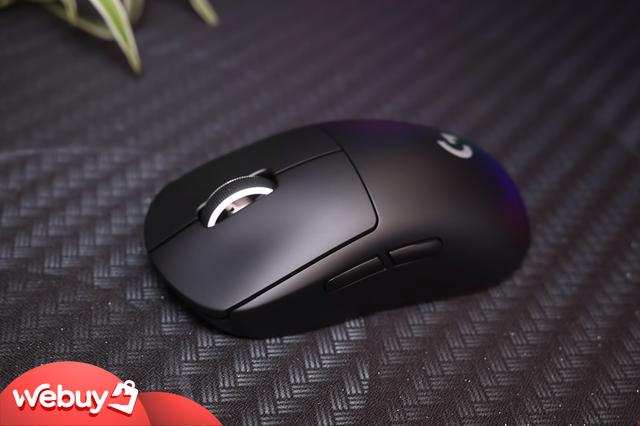 Trên tay Logitech G Pro X Superlight: Chuột chơi game không dây nhẹ nhất thế giới - Ảnh 4.