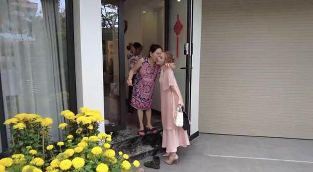 """Chọn vợ chuẩn như streamer Việt: """"Phu nhân tài sắc vẹn toàn! - Ảnh 6."""