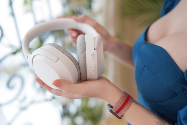 Razer Opus X: Tai nghe bluetooth siêu trắng tròn cho anh em nâng tầm gaming và giải trí - Ảnh 1.
