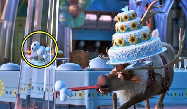 20 màn cameo thách thức các thánh soi của Disney, có phân cảnh vận hết nội công cũng chưa chắc nhìn ra - Ảnh 5.