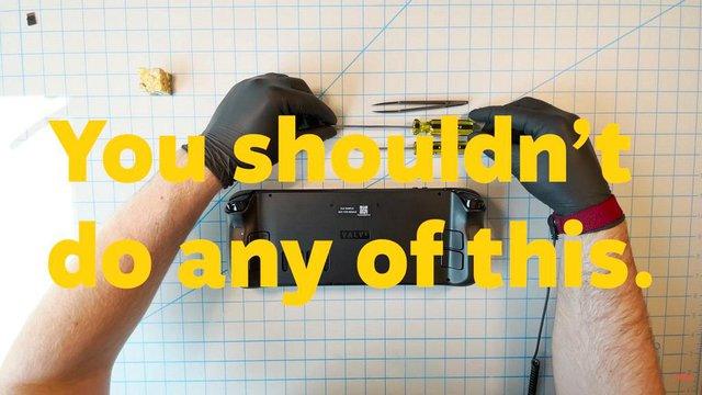 Mổ xẻ Steam Deck, chiếc máy chơi game cầm tay mạnh nhất lịch sử - Ảnh 2.