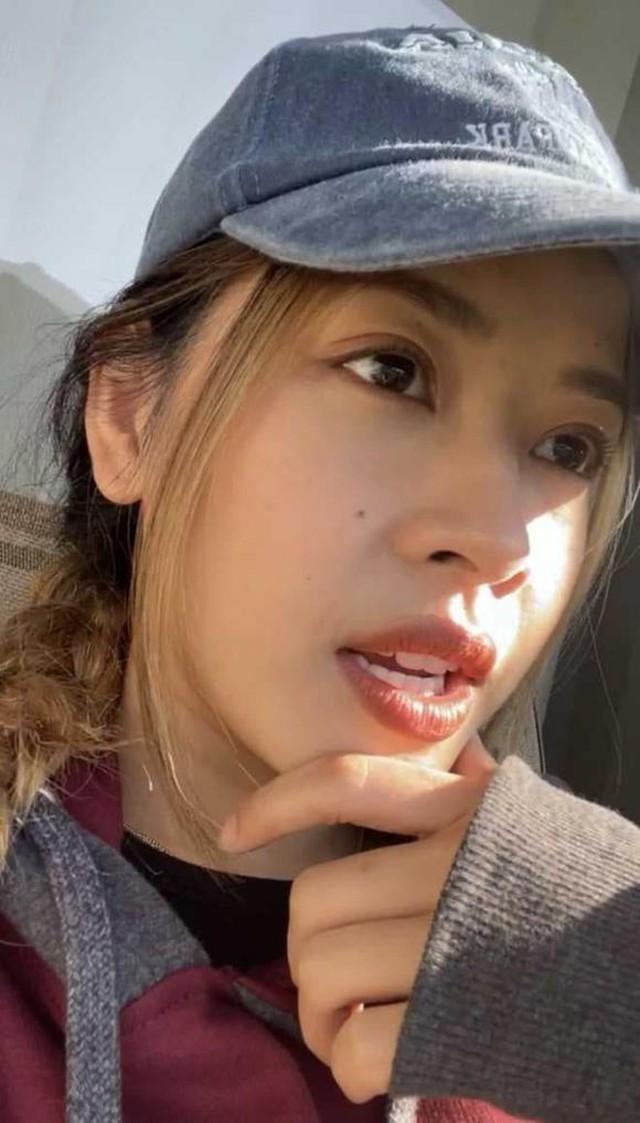 """Trốn livestream, Mimosa học cô ca sĩ nọ, thông báo kiểu """"nửa tây nửa ta"""", cộng đồng mạng thở dài ngao ngán - Ảnh 4."""