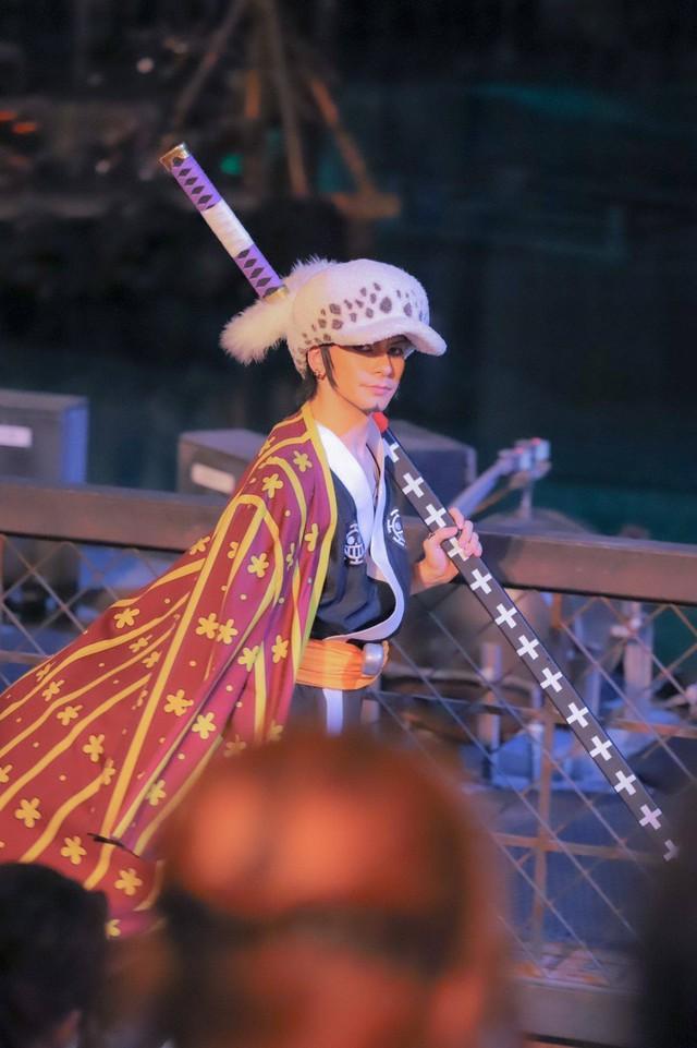 Các fan thích thú với gương mặt không thể đểu hơn của Sanji trong One Piece Premier Summer 2021 - Ảnh 17.