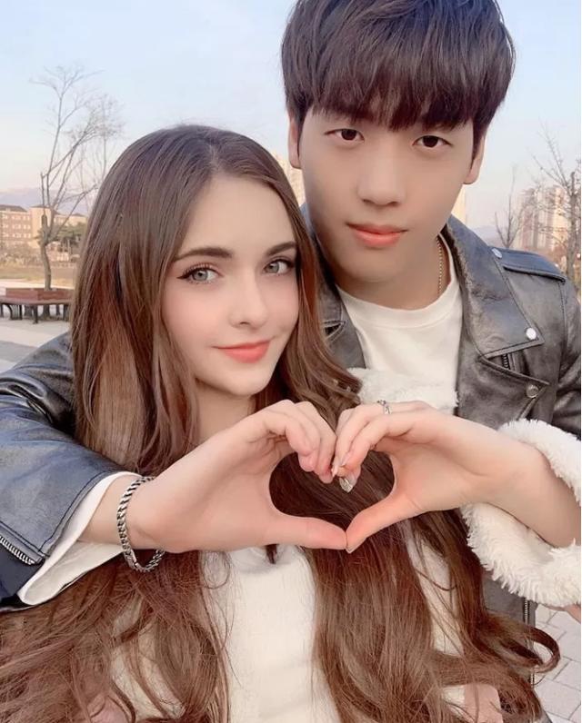Bị cấm đoán yêu bạn gái hot girl, nam YouTuber gây sốc khi đoạn tuyệt quan hệ với phụ huynh, bỏ nhà theo tiếng gọi con tim - Ảnh 3.