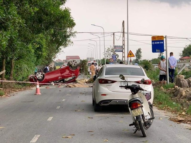 CĐM tranh cãi kịch liệt về vụ TNGT khiến 3 người thiệt mạng Photo-1-16334264983058583257