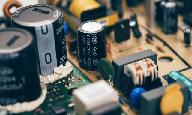 Những nguyên nhân khiến đồ điện tử chết dần theo thời gian - Ảnh 1.