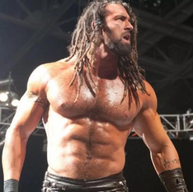 Huyền thoại đô vật WWE giải nghệ, sau 7 năm trở lại với hình ảnh gây sốc cộng đồng mạng - Ảnh 1.