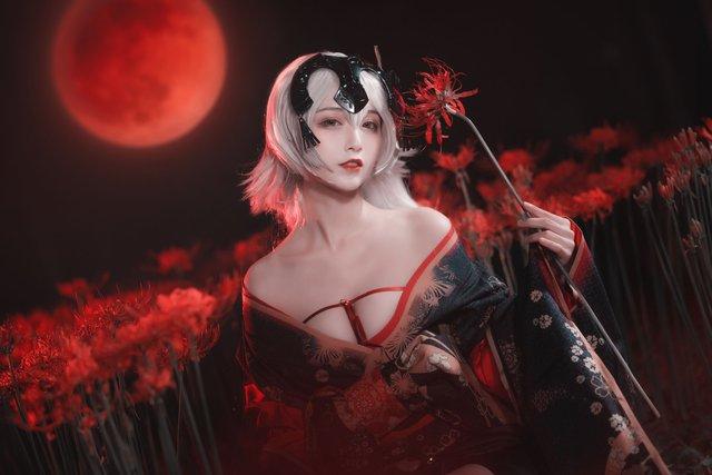 Mãn nhãn ngắm mỹ nhân Fate/Grand Order diện trang phục khoe vòng 1 hờ hững Photo-1-16136276552911994447408