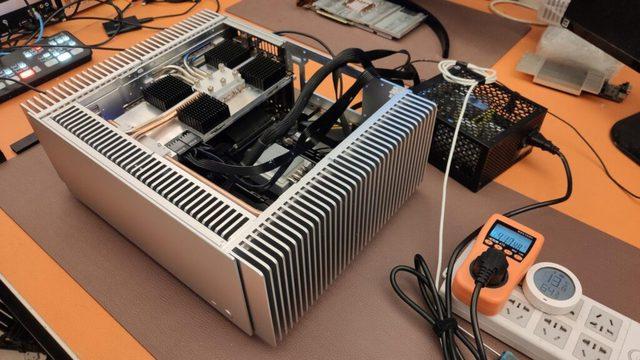 Xuất hiện thùng PC kiêm tản nhiệt thụ động cho RTX 3080, êm mát và… đắt hơn cả con card - Ảnh 3.