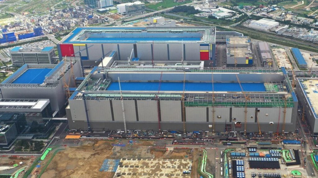 2 nhà máy Samsung tạm ngừng hoạt động vì… thiếu điện, RAM và SSD có nguy cơ tăng giá - Ảnh 1.
