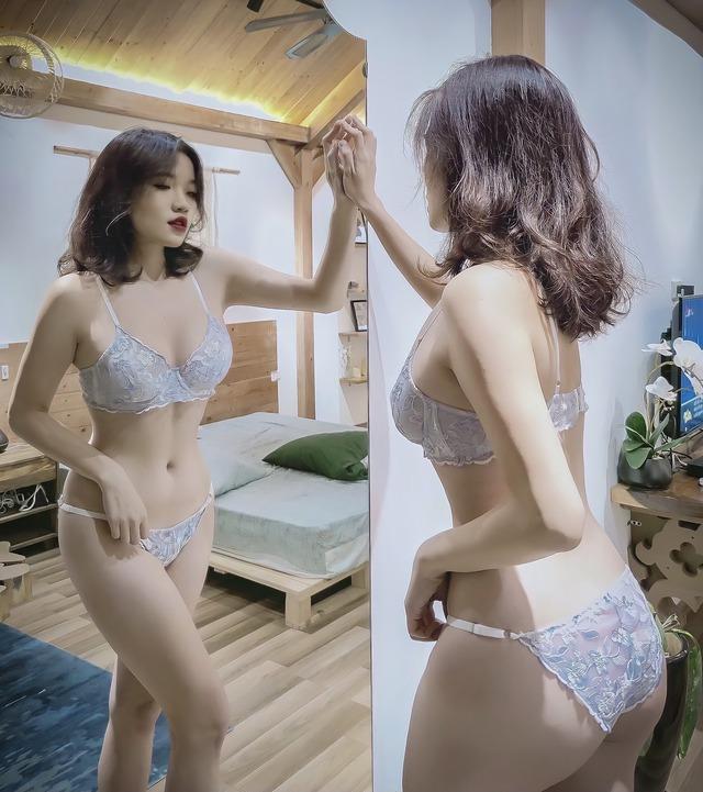 Cực chuộng bikini cắt xẻ táo bạo lại còn toàn chụp góc hiểm, gái xinh Hà Thành khiến dân tình dậy sóng ngay trong đêm - Ảnh 14.