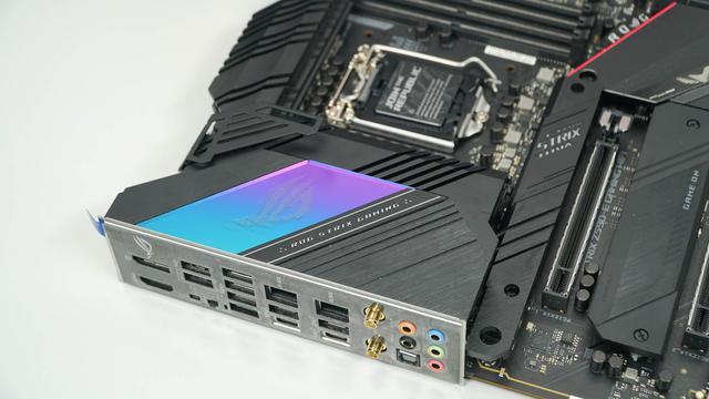 Đập hộp cặp đôi ASUS Z590 TUF và STRIX E-Gaming: Bo mạch chủ đỉnh cao cho anh em lên đời CPU thế hệ 11 - Ảnh 13.