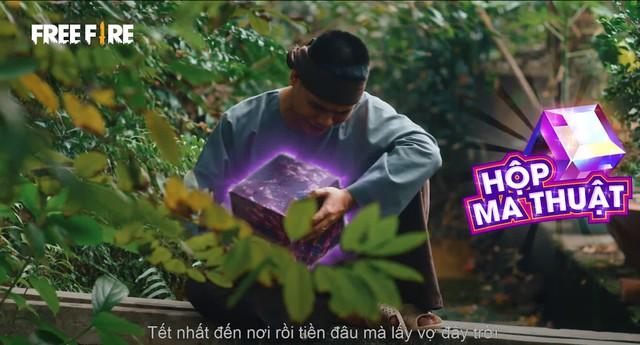 Free Fire làm phim cà khịa Cậu Vàng với Bác Gấu đóng vai Lão Hạc, hé lộ quà tặng cực xịn cho game thủ Free FIre - Ảnh 2.