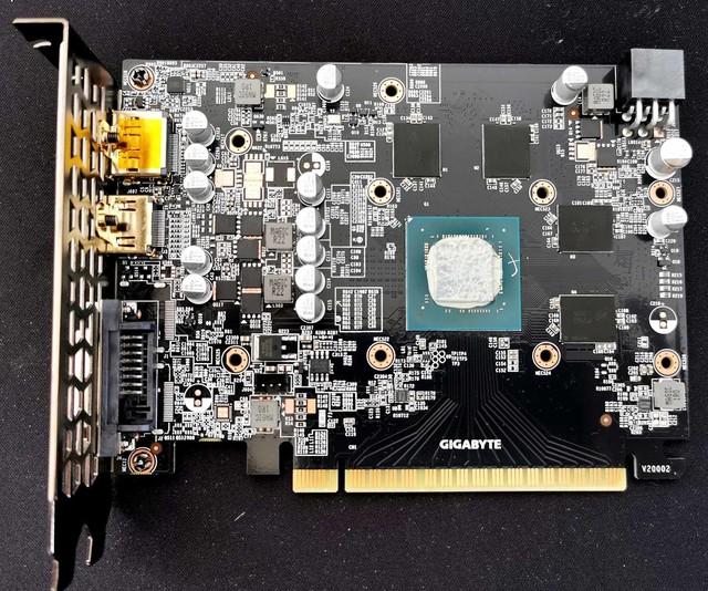 Bên trong chiếc card đồ hoạ đầu tiên của Intel: Quá sơ sài - Ảnh 4.