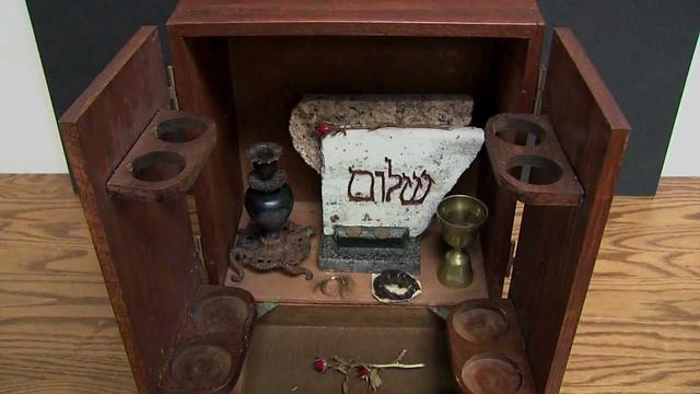 Hộp Dybbuk, món đồ bị nguyền rủa đáng sợ nhất thế giới: Ai đụng vào cũng gặp tai nạn ám ảnh - Ảnh 4.