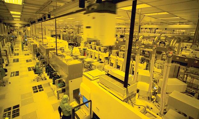 Giá GPU bị đẩy cao, PS5 thiếu hàng, Tesla giảm doanh thu: Những cuộc khủng hoảng tất yếu do bản chất của ngành công nghiệp silicon - Ảnh 3.