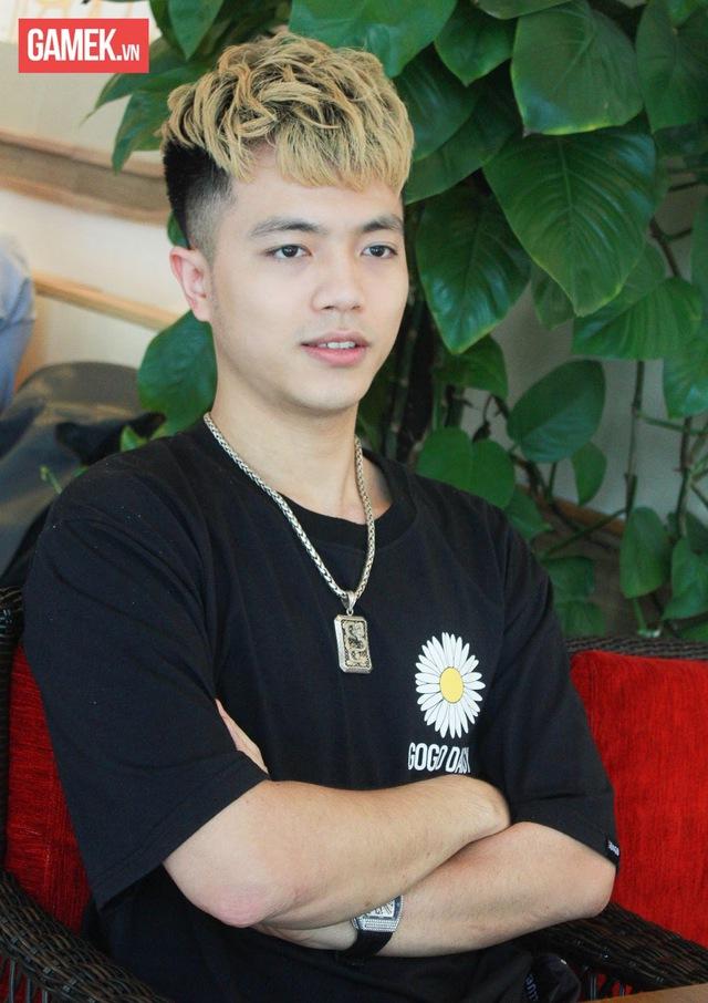 Mister Vịt: Chàng trai gần 90kg vượt lên nghèo khó và sự tự ti trở thành Giám đốc Hero Media - Ảnh 3.