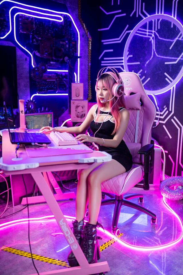 Bộ gaming gear full hồng đẹp ngất ngây, chuẩn bài để game thủ đi tặng gấu - Ảnh 6.