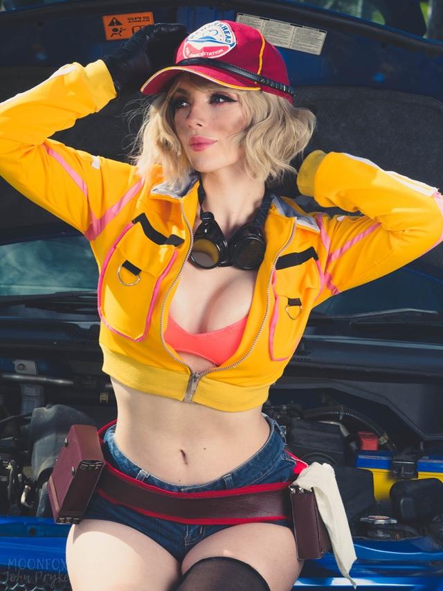 Cô nàng thợ máy của Final Fantasy XV bước ra đời thật siêu quyến rũ với tâm hồn ná thở - Ảnh 7.