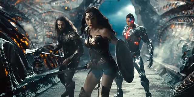 Justice League của Zack Snyder bị mất 8 phút khi về Việt Nam: không cắt xén cảnh nào mà vì một lý do không ai nghĩ tới! - Ảnh 6.