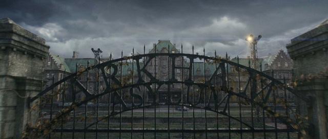 Những easter egg thú vị trong Justice League: Zack Snyder cũng góp mặt sương sương, có cả chi tiết liên quan đến Marvel - Ảnh 8.