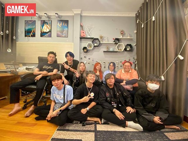 """Hé lộ kế hoạch kết hợp với Cô Ngân TV trong MV Rap mới, Mèo Simmy cảm ơn những khán giả đã """"ném đá"""" mình - Ảnh 4."""