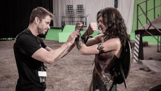 Warner Bros. cấm Zack Snyder quay thêm cảnh mới cho Justice League, không cho Darkseid xuất hiện, nhưng ông không quan tâm lắm - Ảnh 1.