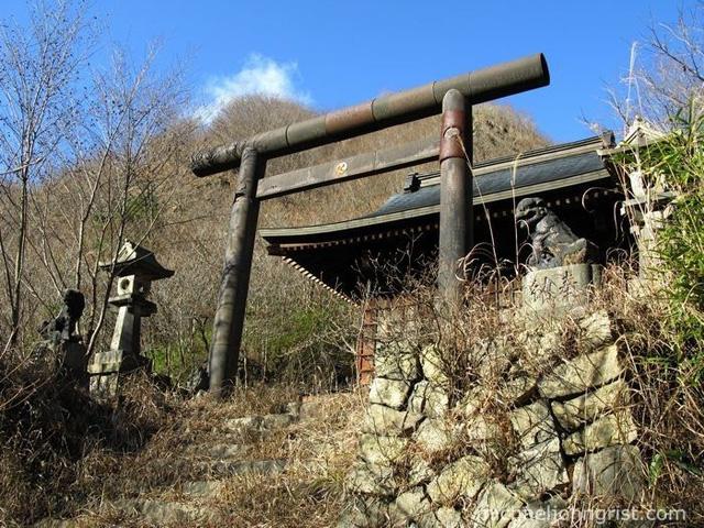 Đường hầm Inunaki, cầu Oiran Buchi và những địa điểm rùng rợn nổi tiếng bậc nhất Nhật Bản - Ảnh 6.
