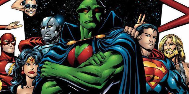 """Kẻ tự xưng là """"Martian Manhunter"""" trong Justice League của Zack Snyder là ai? - Ảnh 2."""