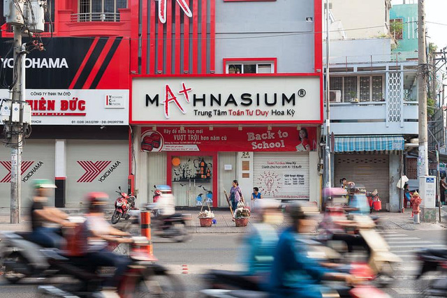 Truyền thuyết đô thị về những ngôi nhà ma ám bí ẩn bậc nhất Sài Gòn - Ảnh 1.