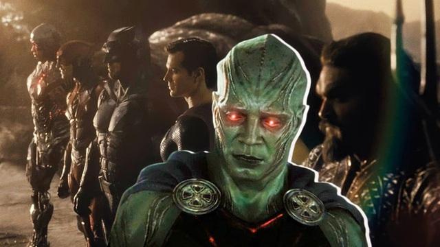 Tại sao Martian Manhunter khoanh tay đứng nhìn Batman và những người bạn chiến đấu suốt 2 phần phim? - Ảnh 3.