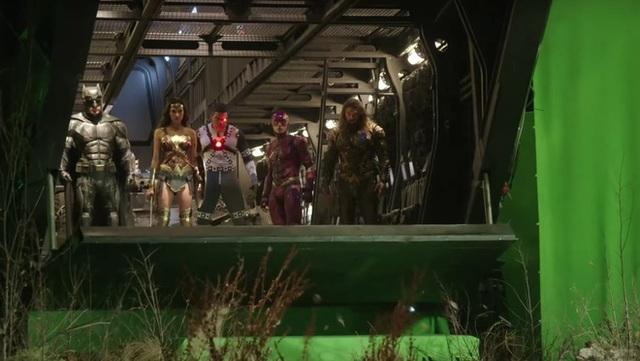 Hậu trường Justice League: Các siêu anh hùng nhà DC sẽ như thế nào khi chưa qua xử lý CGI và kỹ xảo điện ảnh? - Ảnh 16.