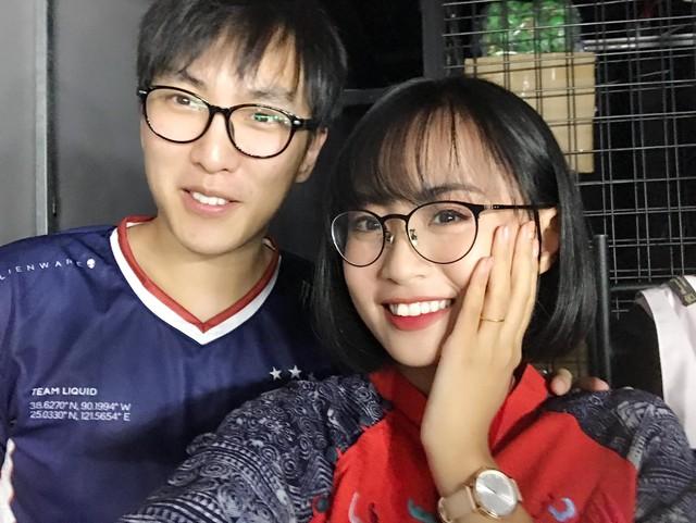 """Ngày ấy - bây giờ: Từ cô gái 17 tuổi ngây thơ làm Esports đến Minh Nghi nữ MC """"quốc dân vạn người mê - Ảnh 13."""