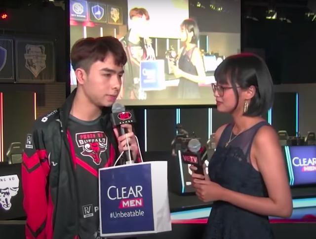 """Ngày ấy - bây giờ: Từ cô gái 17 tuổi ngây thơ làm Esports đến Minh Nghi nữ MC """"quốc dân vạn người mê - Ảnh 9."""