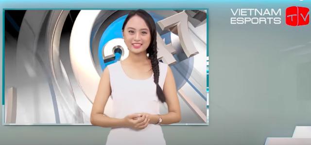 """Ngày ấy - bây giờ: Từ cô gái 17 tuổi ngây thơ làm Esports đến Minh Nghi nữ MC """"quốc dân vạn người mê - Ảnh 4."""