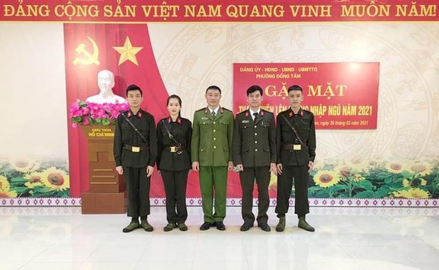 Nữ sinh Sư phạm lên đường nhập ngũ, trở thành tân binh hot nhất Yên Bái, khiến cộng đồng mạng trầm trồ - Ảnh 2.