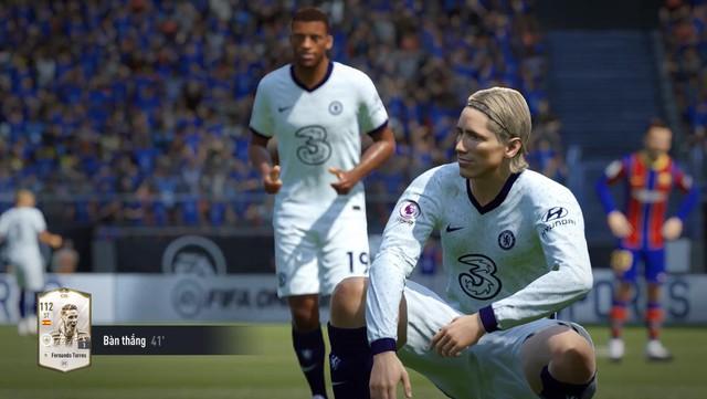 SIÊU HOT: Fernando Torres cơ bắp cuồn cuộn tái xuất FIFA Online 4 để bán hành cho Vidic, Ferdinand - Ảnh 5.