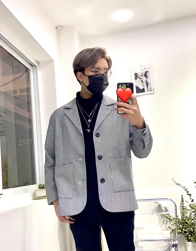 Phong Cận TV: Từ chiếc điện thoại cũ, chàng trai nghèo xây ước mơ thành YouTuber triệu sub - Ảnh 5.