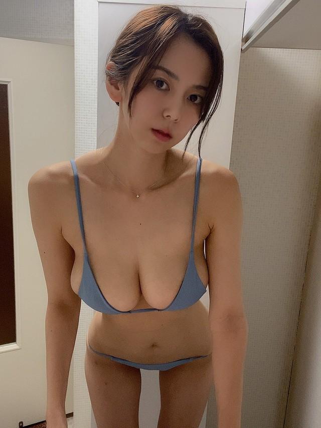 Đang làm giáo viên mầm non, cô gái xinh đẹp bất ngờ bẻ lái ngay khi được mời gọi, chuyển nghề thành hot girl ảnh nóng - Ảnh 2.