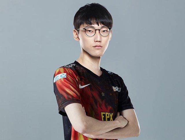 ShowMaker dằn mặt đồng đội cũ sau khi vô địch LCK Mùa Xuân 2021: Tôi sẽ cho Nuguri ăn hành ở MSI - Ảnh 5.