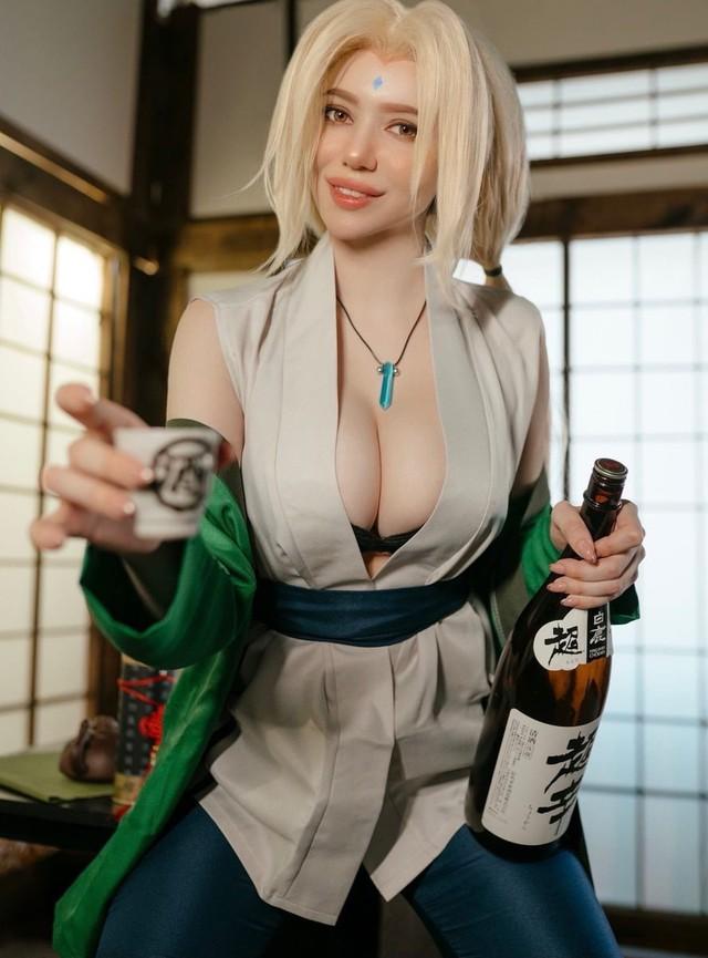 Naruto: Ngắm cosplay đệ ngũ Tsunade mà CĐM bối rối thốt lên Bà già U50 mà đẹp quá! - Ảnh 5.