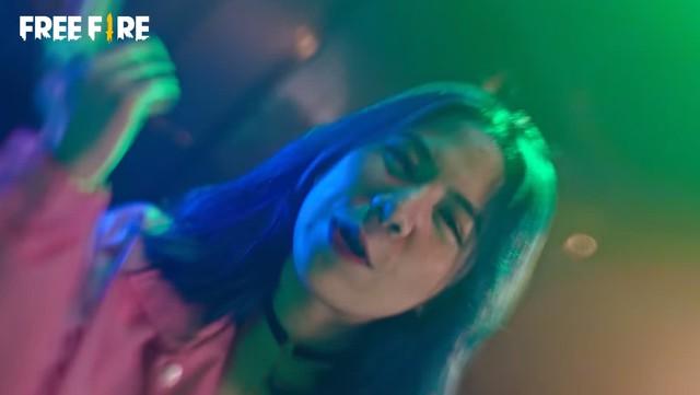 """Cô Ngân và Simmy ra mắt MV rap, đạt số view kinh khủng, game thủ Free Fire đòi Top 1 Trending cho """"siêu phẩm"""" - Ảnh 2."""