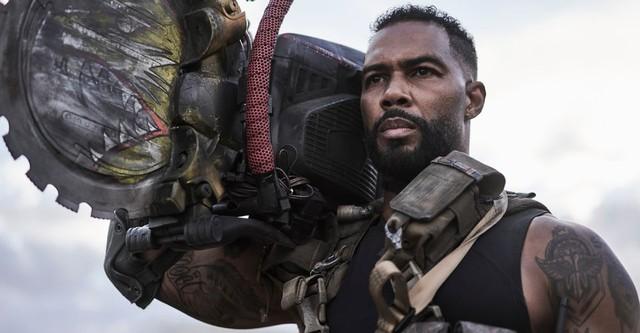 Zack Snyder tung trailer Army of the Dead, zombie Gen Z né đạn như Matrix và múa võ đánh người như John Wick - Ảnh 1.