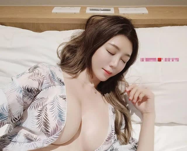 Được mời đóng phim 18+ vì quá xinh, nàng hot girl kiên quyết từ chối, lựa chọn làm giáo viên dạy tiếng Nhật ngay sau đó - Ảnh 8.