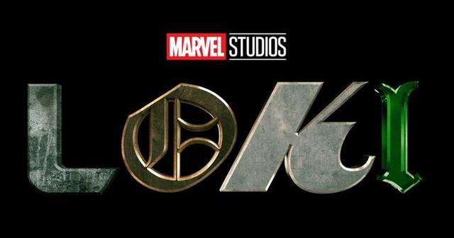 """Tại sao logo của Loki lại """"lỗi font"""", có 4 chữ cái thôi mà lạc quẻ hết thế này: Marvel có ý đồ cả đấy - Ảnh 1."""