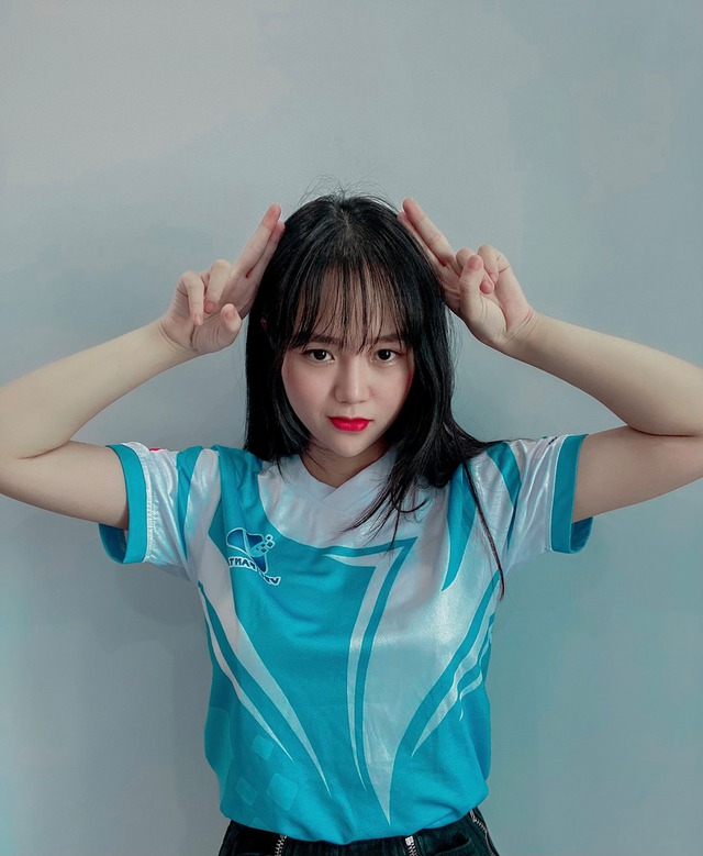 Xuất hiện đội Tốc Chiến toàn gái xinh do Mai Linh Zuto làm đội trưởng, hé lộ mục tiêu lớn tại SEA Games VN - Ảnh 3.