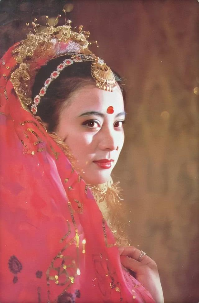 7 đại mỹ nhân Tây Du Ký nức tiếng một thời, 35 năm vẫn còn thương nhớ Tây Lương nữ vương - Ảnh 11.