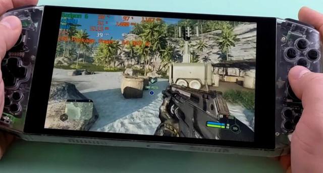 Mở hộp máy chơi game cầm tay đầu tiên trên thế giới trang bị AMD Ryzen 4500U, cân mọi tựa game - Ảnh 1.